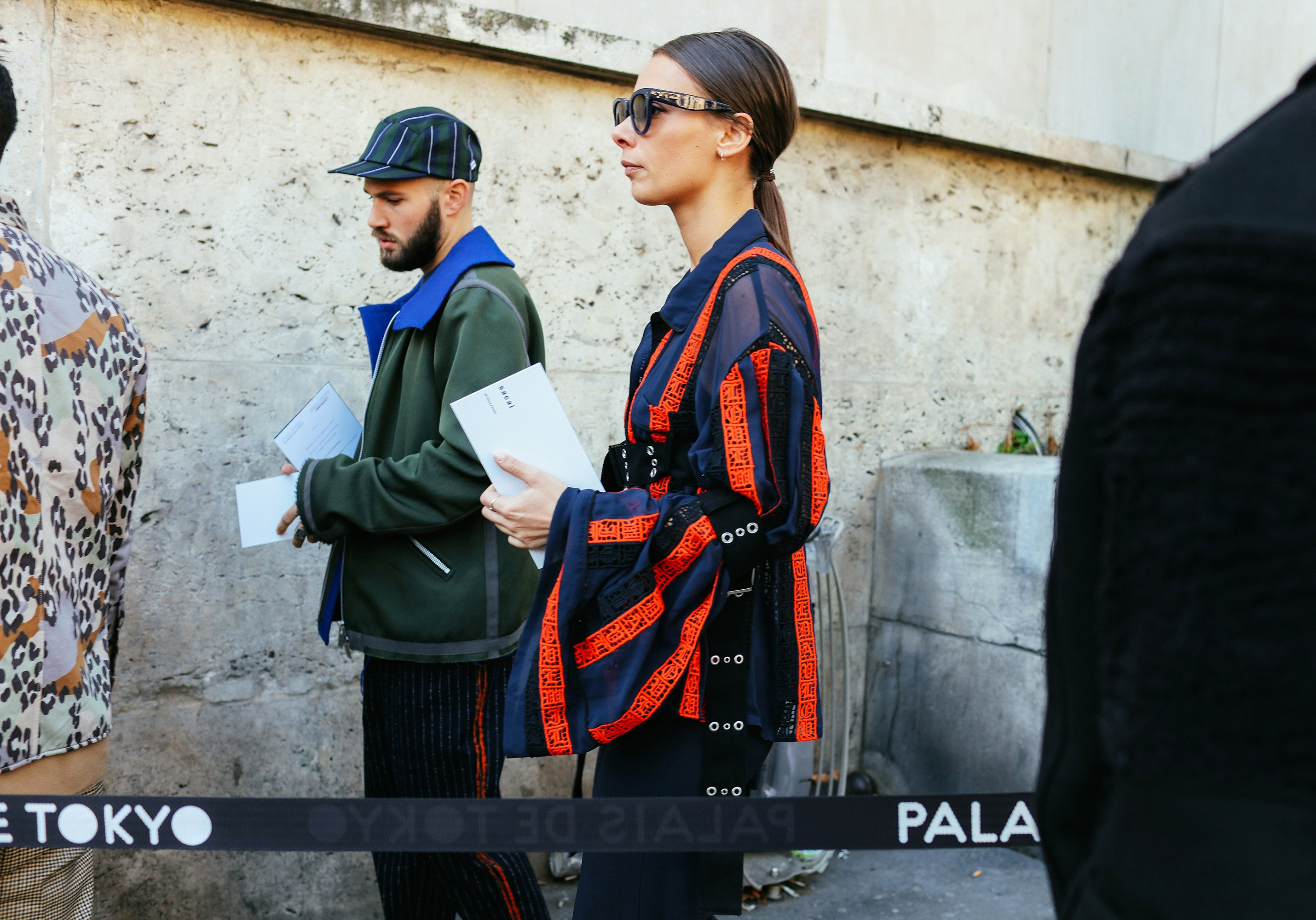 17-paris-street-style-spring-2017-phil-oh-day-6