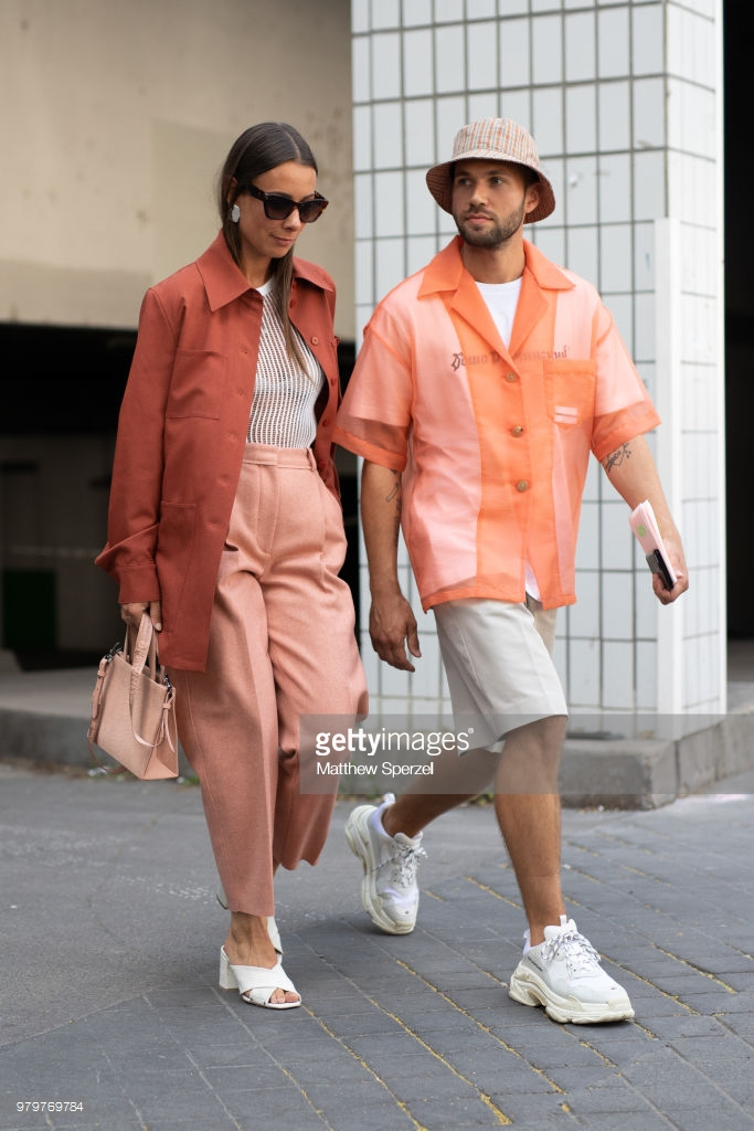 guests-are-seen-on-the-street-during-paris-mens-fashion-week copie 3