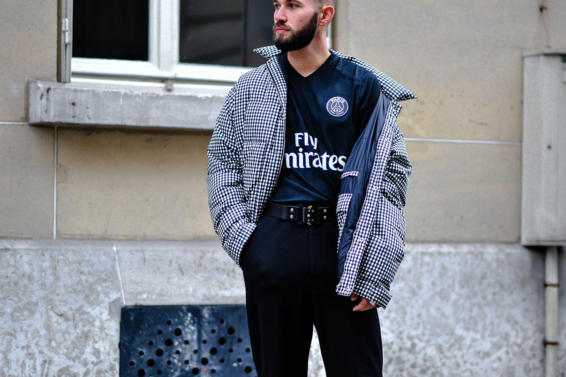 streetsnaps-paris-fashion-week-october-2016-part-2-19